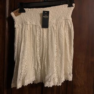 Hollister Skirts - Hollister cream skirt